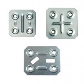 Piastrine piatte quadrate o rettangolari preforate