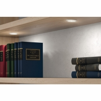 Possibile applicazione su libreria del faretto loox led 2002 di Hafele