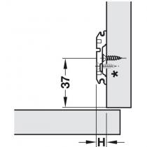 Montaggio della piastrina a croce con eccentrico per cerniere blum